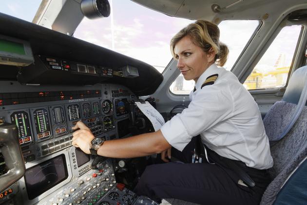 空のジェンダー格差に変化? 女性パイロットが増加の兆し | NewSphere